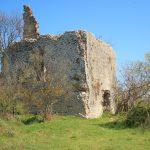 Ruderi del fortilizio medioevale di Grotta Marozza